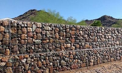 احداث  124 متر دیوار گابیونی در بابل