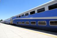 قطار تندروی پردیس در مسیر مشهد و یزد