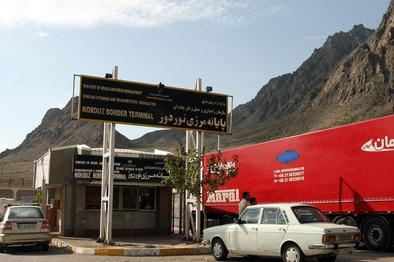 گرفتار شدن کامیونهای ایرانی در مرز ارمنستان +  فیلم