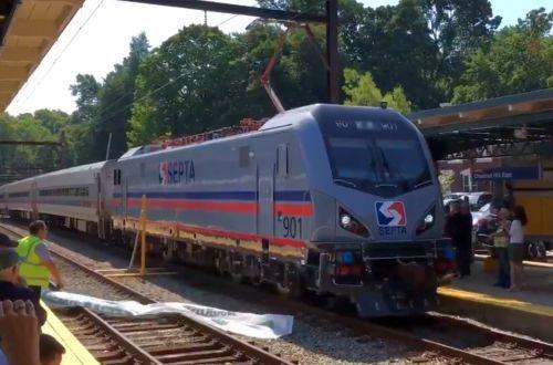 Septa unveils first Siemens ACS-64 electric locomotive