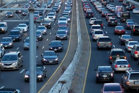 ترافیک سنگین در مقاطعی از آزاد راه تهران- کرج- قزوین و محور چالوس