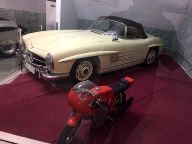 Mercedes Benz SL200