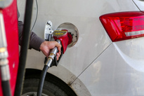اضافه کردن آب به بنزین توسط یکی از جایگاه داران در شیراز