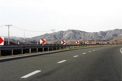 ساخت جاده ۲ بانده چابهار- کنارک و تحول در حملونقل کالا و مسافر