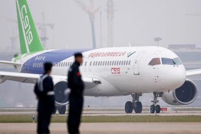 سنگاندازی آمریکا در صنعت هوانوردی چین