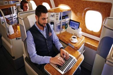 ارائه اینترنت در پرواز به مسافران هواپیمایی امارات توسط «سیتا آنایر»