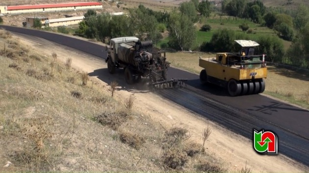 روکش آسفالت 47 کیلومتر از محورهای مواصلاتی استان اردبیل