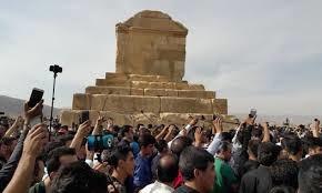 درخواست چندینباره جمعی از فعالان میراث و گردشگری از مونسان
