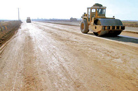 ساخت ۱۹۵ کیلومتر بزرگراه و ۱۲۰۰ کیلومتر راه اصلی در جنوب استان کرمان