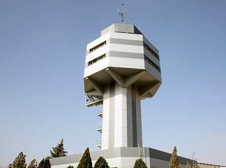 فرودگاه ایلام در تلاش برای خدمترسانی به مردم غرب ایران