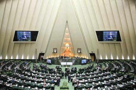 پایان آستانه تحمل نمایندگان و نزدیک شدن به دور جدید استیضاح ۲وزیر اقتصادی