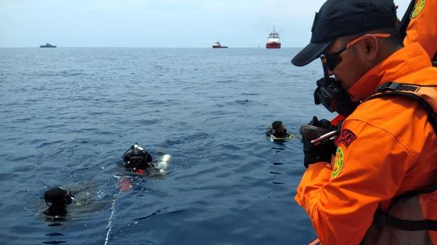 دومین جعبه سیاه هواپیمای حادثه دیده اندونزی پیدا شد