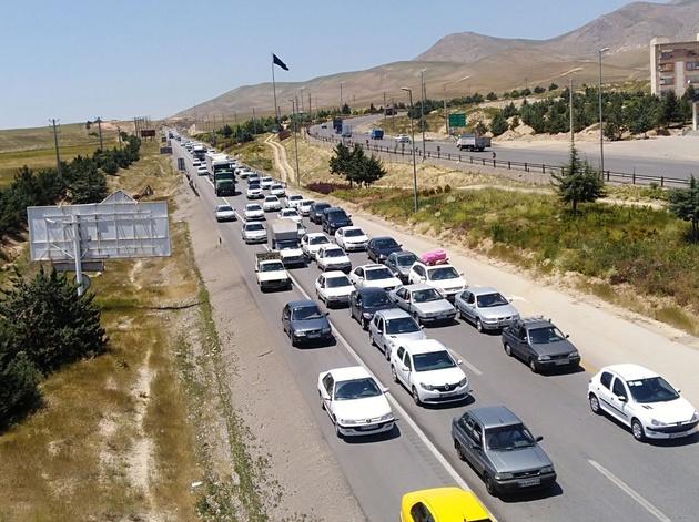 ترافیک هراز و فیروزکوه سنگین است