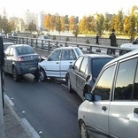 تصادف زنجیره ای در آزاد راه کرج - قزوین ترافیک سنگین ایجاد کرد
