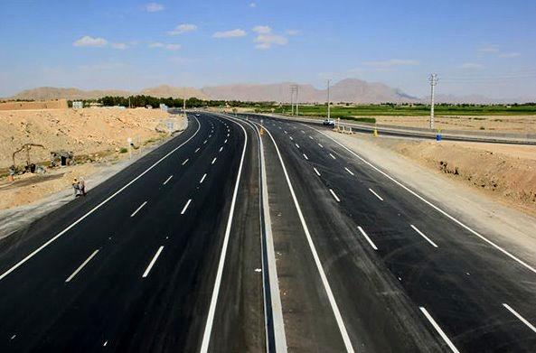 پروژههای راهسازی اصفهان گرهگشای کریدورهای ترانزیت