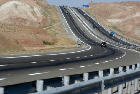 امکان احداث۵هزار کیلومتر آزادراه و ۳ سال کار متمادی برای مهندسان مشاور