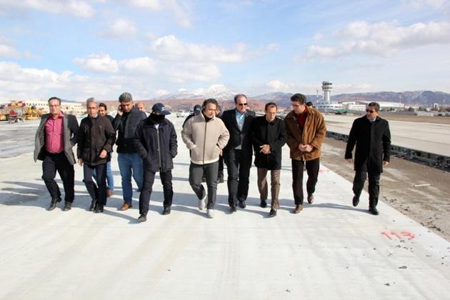 اتمام پروژه توسعه اپرون فرودگاه تبریز تا پایان سال