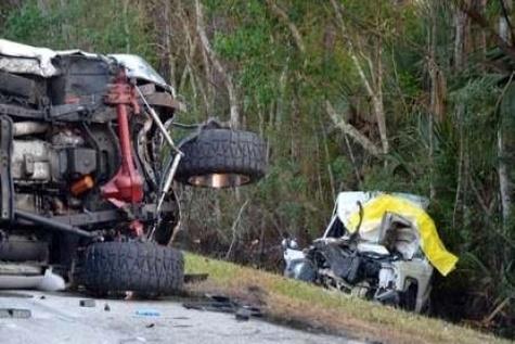 ۱۵ کشته در تصادف کامیون با خودروی شخصی در هند