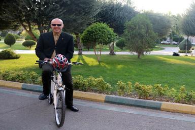 مشکل تهران برای استفاده از دوچرخه، سربالاییهایش نیست