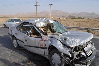 برخورد ۲ خودرو ۱۰ مجروح بر جا گذاشت