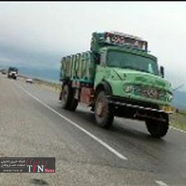 بار غیرمجاز کامیونها ۶۵۰ کیلومتر از راههای روستایی قزوین را تخریب کرد