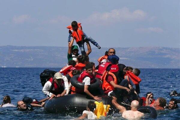 نجات ۲۶۵ مهاجر گرفتار در دریای مدیترانه/ نجات ۶ نوزاد از مرگ