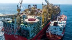آمادگی اولین شناور LNG برای عرضه گاز در دریا