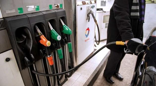 فرار از قاچاق با بنزین دو نرخی