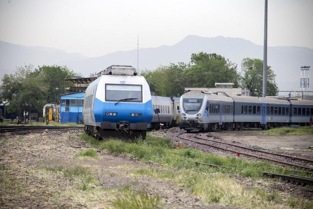 عرضه بلیت قطارهای رجا برای نیمه دوم تابستان از امروز شروع شد