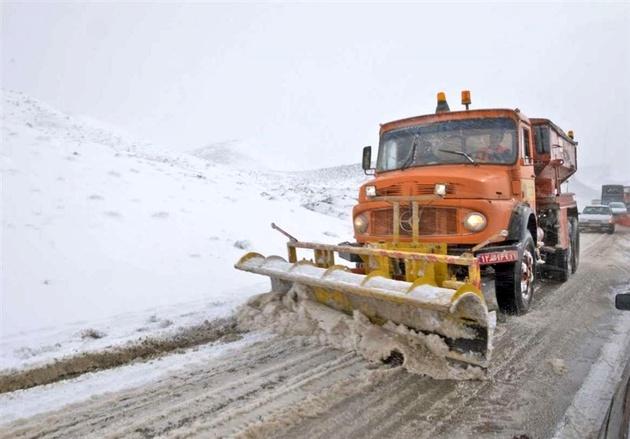 جاده فیروزکوه مسدود شد