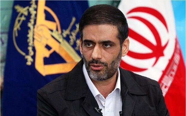 قطار برقی گلشهر به شهر جدید هشتگرد می رسد