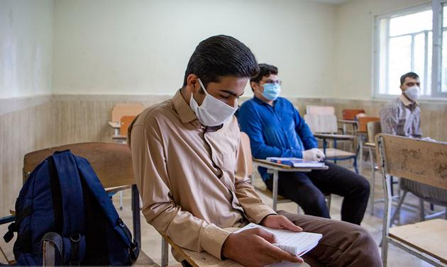 برنامهریزی برای واکسیناسیون معلمان و بازگشایی مدارس