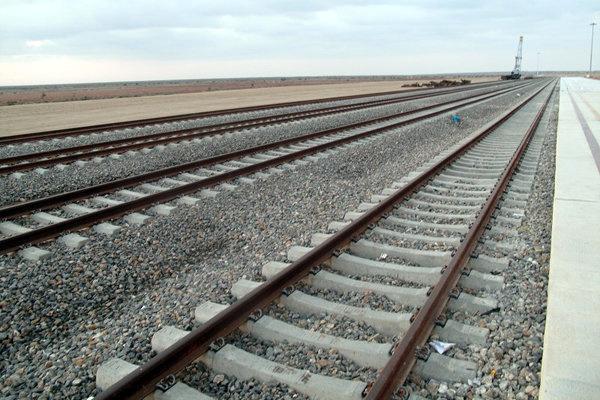 بازدید معاونان وزیر راه از روند احداث راهآهن چابهار-زاهدان