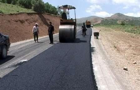 بازسازی ۲۶ کیلومتر راه روستایی بانه در راستای محرومیتزدایی