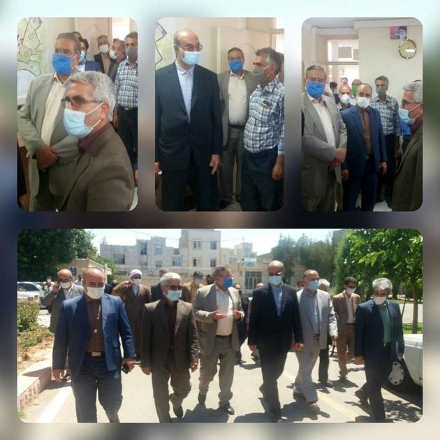 بازدید سرزده معاون سیاسی و امنیتی استانداری قزوین از شهرداری الوند