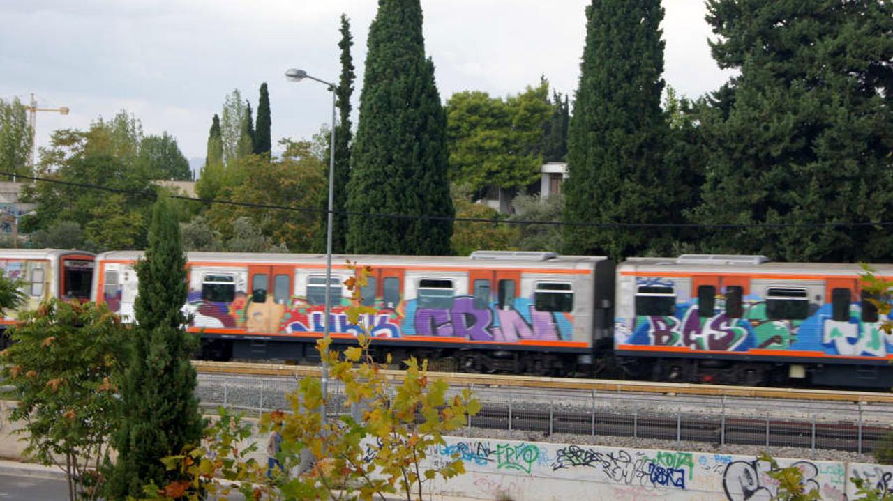 گرافیتی روی قطار