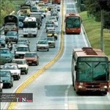 اتوبوسهای انبوهبر یکی از ویژگیهای خطوط BRT است