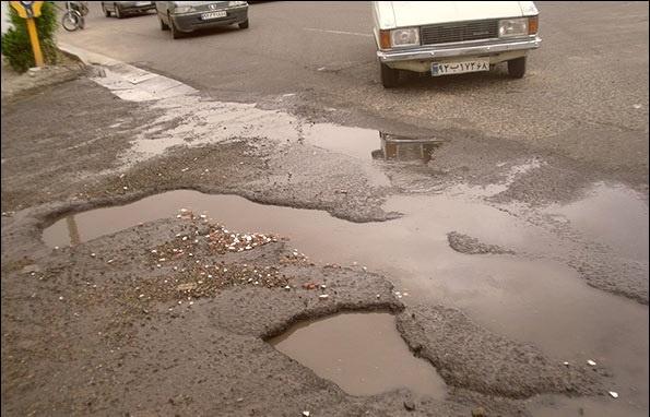 چالههای خیابانی، قاتل خودروها/ رانندگی در کدام خیابان ها خسارت زاست؟