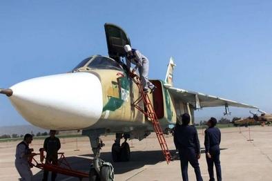 افتتاح نمایشگاه هوایی پایگاه چهارم شکاری دزفول