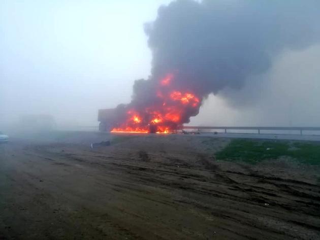 سرگردانی خودروهای آتش گرفته در خارج از شهرها