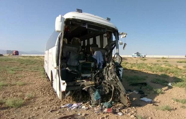 ۴ کشته و ۵ مجروح در دو حادثه رانندگی محورهای مواصلاتی قم