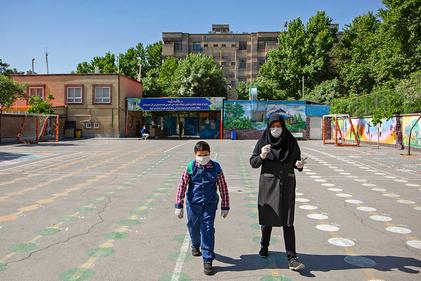 تصاویر  شروع به کار مدارس در مشهد