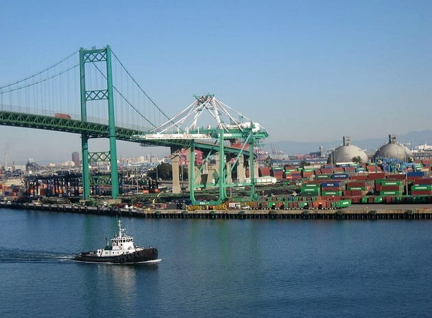 Evergreen Terminal Evacuated after Container Explosion