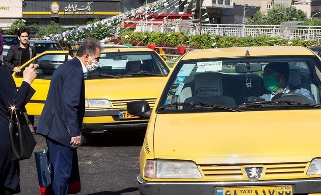 نصب نرخنامه بر روی تاکسیهای بندرعباس اجباری است