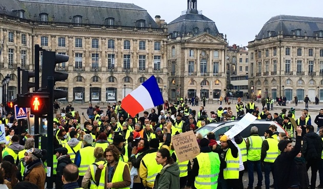 YELLOW VESTS CONTINUE TO UNDERMINE TOURISM IN FRANCE