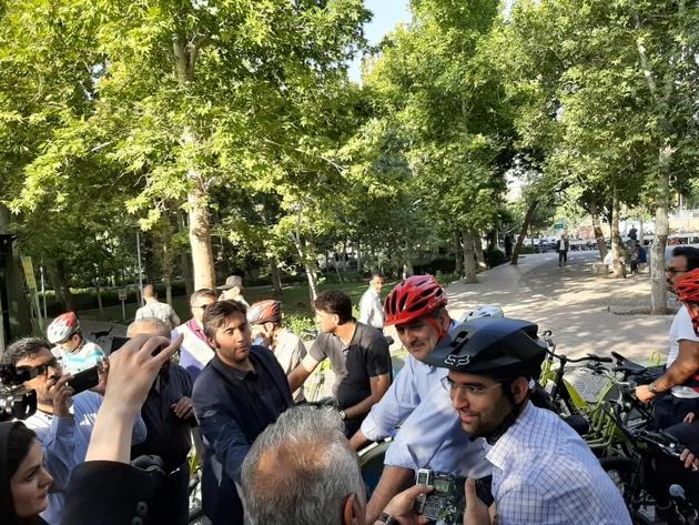آذری جهرمی به پویش سهشنبههای بدون خودرو پیوست