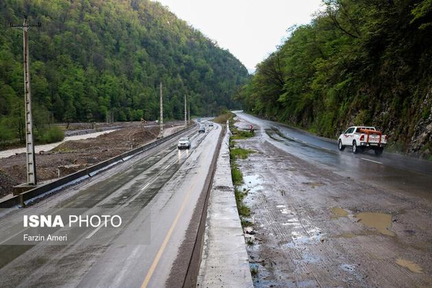بارش باران در جادههای ۴ استان