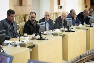 گزارش تصویری دیدار آخوندی با اعضای صنفی رانندگان و شرکتهای حمل و نقل