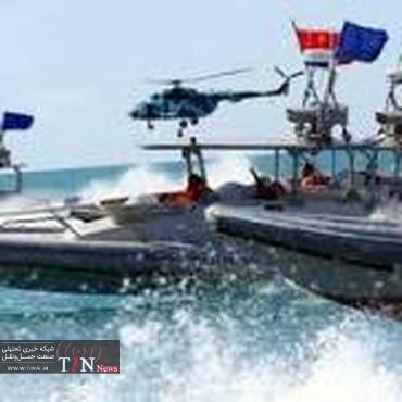 آمریکا کشتیهای خود را در خلیج عدن اسکورت کند