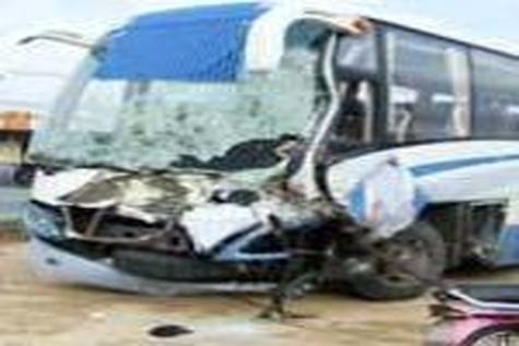 اسکانیا در نوروز هم قربانی گرفت / ۳۰ کشته و زخمی در تصادف اتوبوس و کامیون